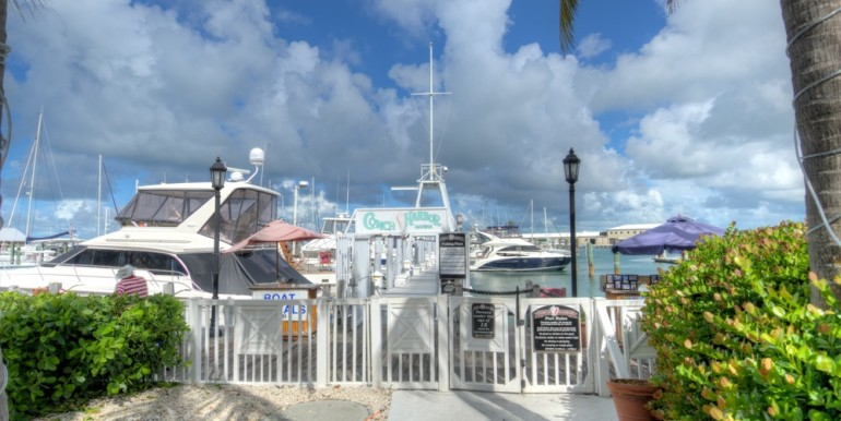 Conch Harbor Slip 10 010