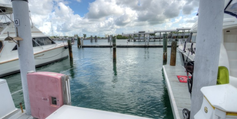 Conch Harbor Slip 10 014
