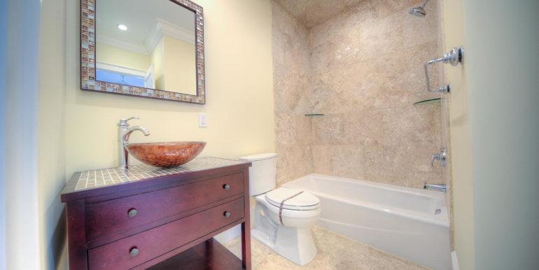 albury-key-west-bath2