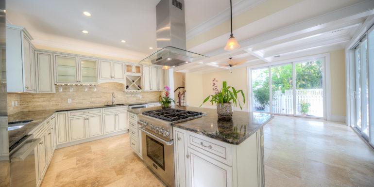 albury-key-west-open-kitchen
