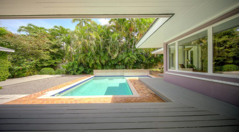 patio and pool, 900 Johnson St