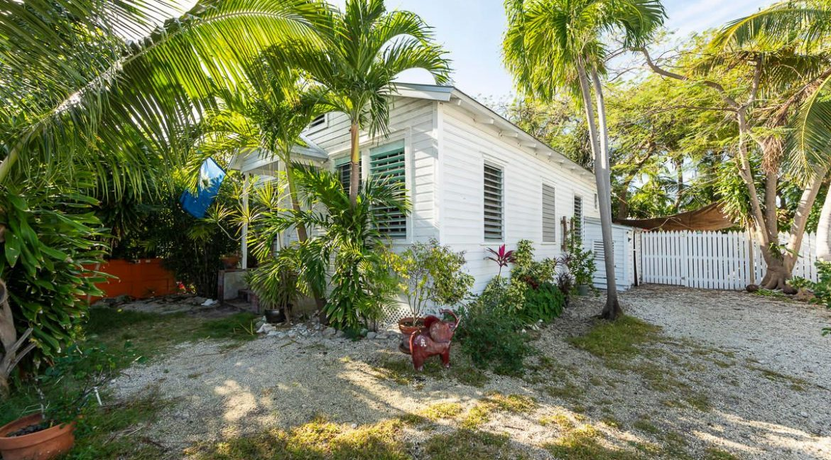 Key West Charming Cottage centrally located in Old Town