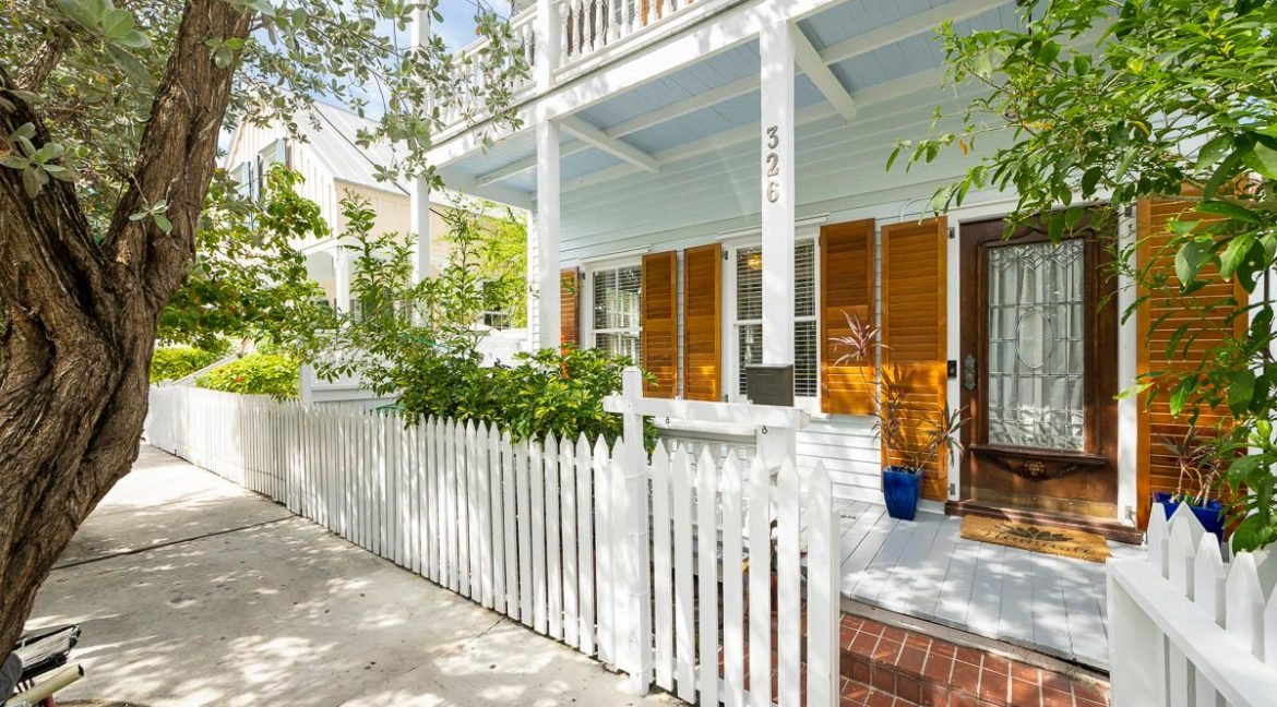 Located on a picturesque Old Town Street, in one of the most desirable areas of the historic seaport,