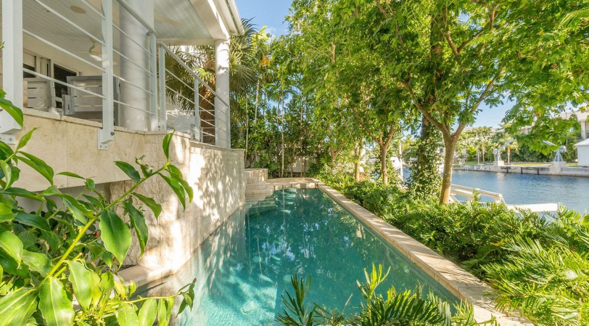 Lush tropical landscaping enhances the sense of privacy